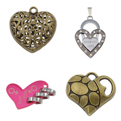 Zinc Alloy Heart Pendants