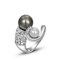 South Sea Shell Finger Ring